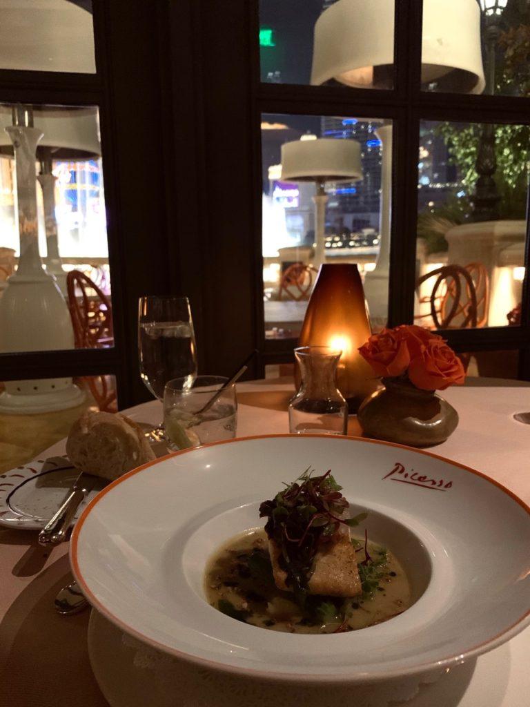 ピカソの絵画に囲まれながら地中海フレンチが堪能 出来るレストラン7