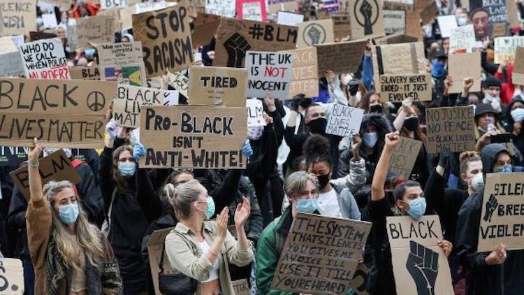 ストリートアートで#Black Lives Matter-19